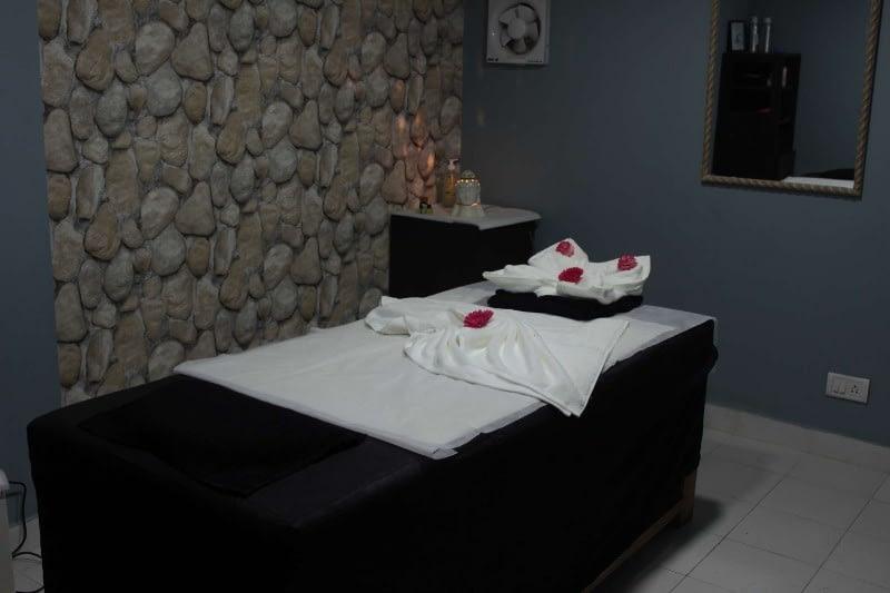 D5n Unisex Salon And Spa